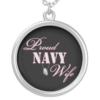 Esposa orgullosa de la marina de guerra colgante redondo