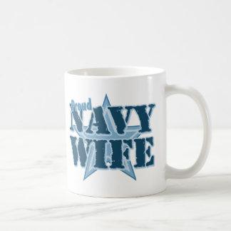 Esposa orgullosa de la marina de guerra taza