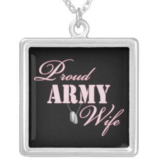 Esposa orgullosa del ejército colgante cuadrado