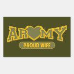 Esposa orgullosa del ejército rectangular pegatina