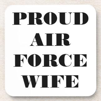 Esposa orgullosa determinada de la fuerza aérea de posavasos de bebida