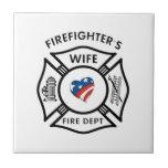 Esposas los E.E.U.U. del bombero Tejas