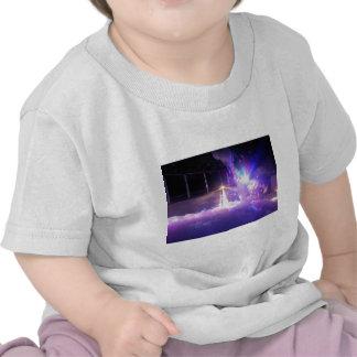 Espuma azul de las luces laser camiseta