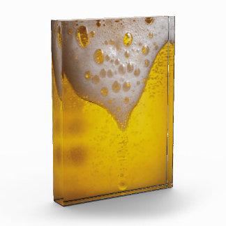 Espuma de la cerveza ligera