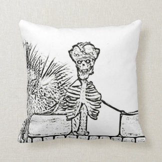 esqueleto con el gorra del pirata sobre el bw de cojín