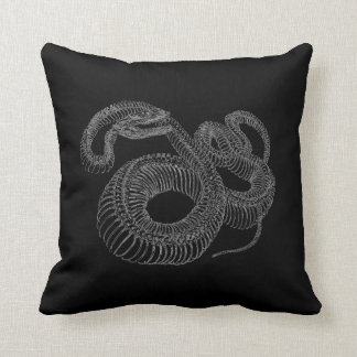 Esqueleto de la serpiente de cascabel cojín