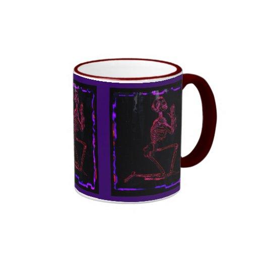 Esqueleto de rogación, arte moderno gótico, taza de dos colores