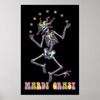 Esqueleto del bufón que hace juegos malabares poster