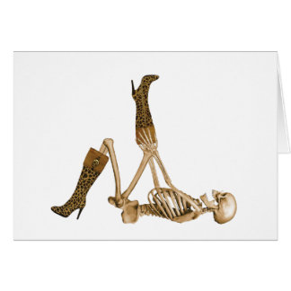 Esqueleto del fashionista en botas del leopardo tarjeta de felicitación
