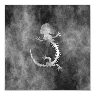 """esqueleto del hellbender invitación 5.25"""" x 5.25"""""""