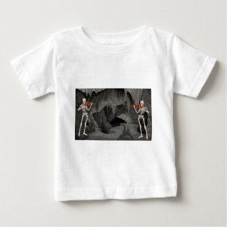 esqueleto del violín t-shirts