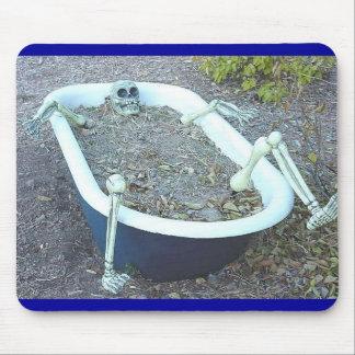 Esqueleto en la bañera Mousepad Alfombrillas De Ratones