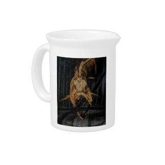 Esqueleto gótico de la criatura del mar jarras para bebida
