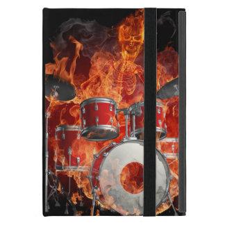 Esqueleto llameante que juega los tambores iPad mini cobertura