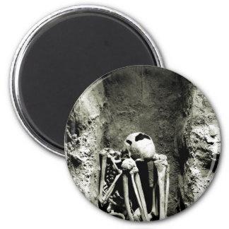 Esqueleto precolombino de Gravesite Imán Redondo 5 Cm