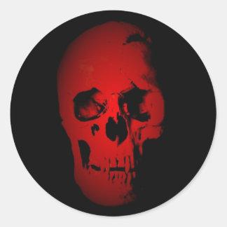 Esqueleto rojo del cráneo pegatinas redondas