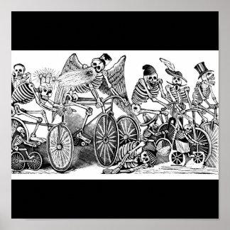 Esqueletos en las bicis México Poster