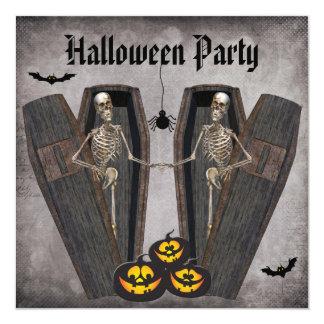 """Esqueletos felices en el fiesta de Halloween de Invitación 5.25"""" X 5.25"""""""