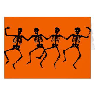 Esqueletos negros de baile tarjeta de felicitación