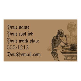 Esqueletos y tarjetas de visita de la muerte