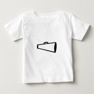 Esquema del megáfono t-shirt