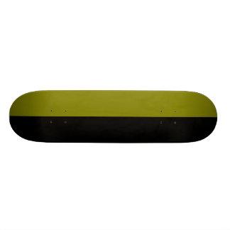 Esquema partido del negro y de color de la aceitun tablas de skate