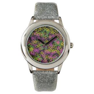 Esquemas verdes y amarillos rosados de neón de la relojes de mano