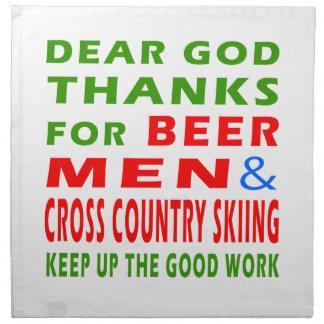 Esquí de los hombres y del campo a través de la ce servilletas imprimidas