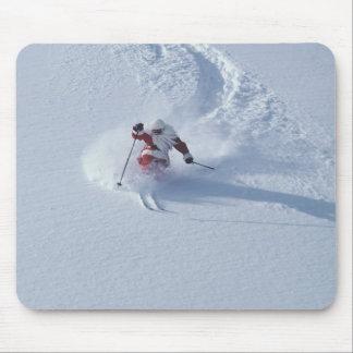 Esquí de Santa en la estación de esquí del Snowbir Tapete De Raton