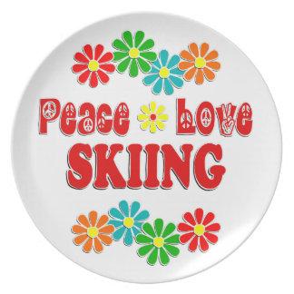 Esquí del amor de la paz platos de comidas
