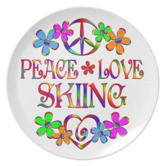 Esquí del amor de la paz plato