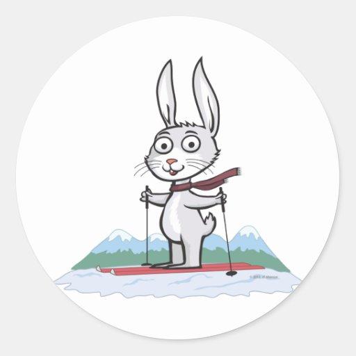 Esquí del conejito pegatina redonda