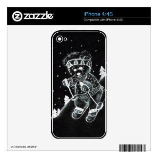 Esquí del oso de peluche en blanco y negro iPhone 4 calcomanías