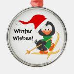 Esquí del pingüino del navidad adorno de reyes