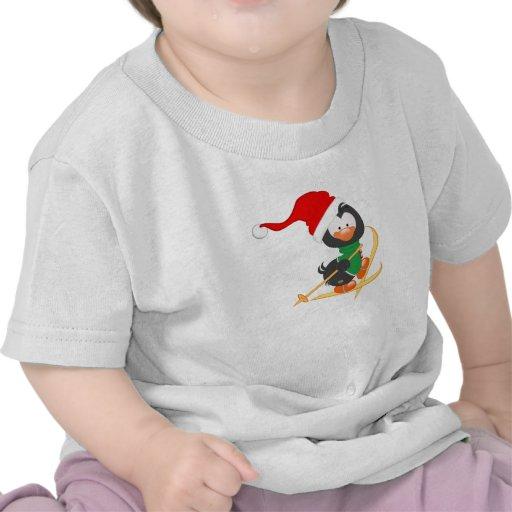 Esquí del pingüino del navidad camiseta