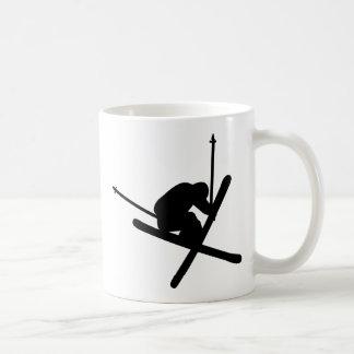 esquí del salto de esquí tazas de café