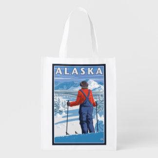 Esquí en poster del viaje del vintage de Alaska Bolsas Para La Compra