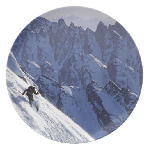 Esquí libre del extremo en Alaska Plato