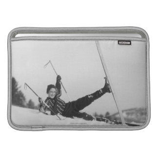 Esquiador 2 de la mujer fundas para macbook air