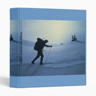 """Esquiador de la carpeta/del campo a través carpeta 1"""""""