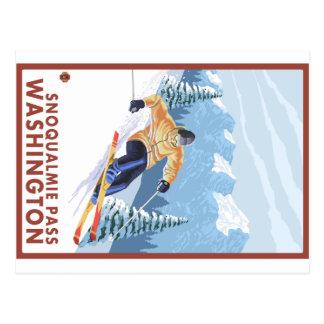 Esquiador de la nieve de Downhhill - paso de Tarjeta Postal