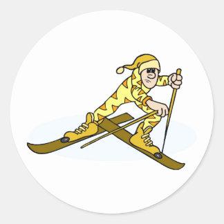 Esquiador del campo a través etiquetas redondas