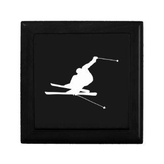 Esquiador en declive blanco y negro joyero cuadrado pequeño