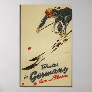 Esquiador en declive - promo del deporte y del pla póster