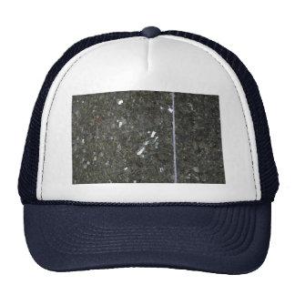 Esquina completamente sólida del carbón de leña gorra