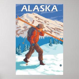 Esquís de la nieve del esquiador que llevan - Alas Impresiones