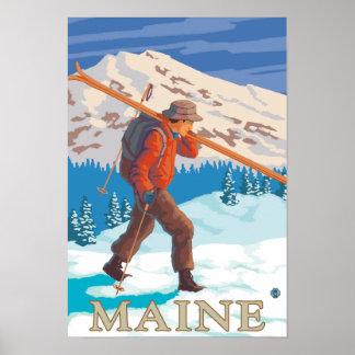 Esquís que llevan de MaineSkier Póster