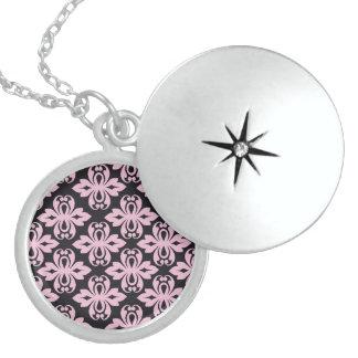 Essential Unreal Admire Seemly Round Locket Necklace