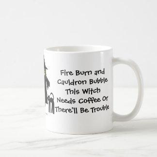 ¡Esta bruja necesita el café! Los Café-adictos ahu Taza