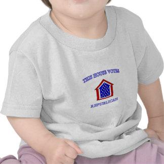 Esta casa vota al republicano camisetas